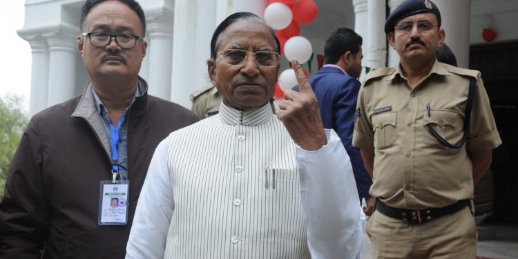 Sikkim Governor Ganga Prasad after casting his vote in the by-elections on October 21, 2019. Image: Northeast Now