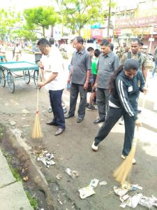 Assam: MP Topon Gogoi flags off two km Fit India Plogging in Sivasagar 2
