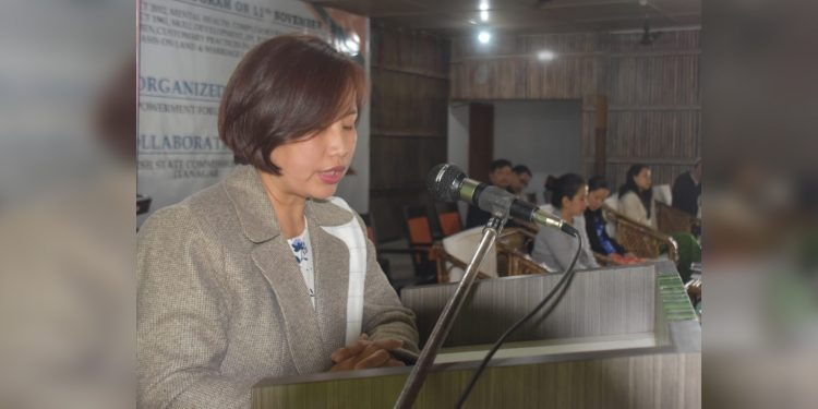 APSCW chairperson Radhilu Chai Techi addressing a gathering in Roing. Image: Northeast Now
