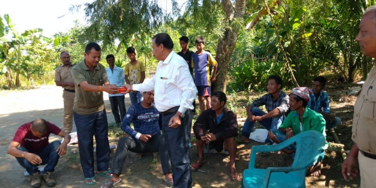 Goalpara forest department officials in an awareness programme on Sunday regarding the man elephant conflict and tranquilizing  of the jumbo. Image: Northeast Now