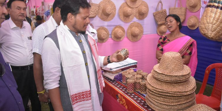 Mangaldai Legislator Gurujyoti Das interacting with a participant at her stall