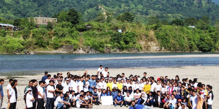The river cleaning drive saw a huge participation.