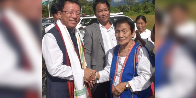 Arunachal education minister Taba Tedir (left) in Roing. Image: Northeast Now