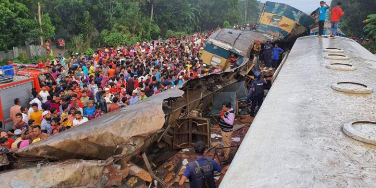 The accident took place around 3 a.m. when a train bound for Dhaka collided head on with another train going to Chittagong.