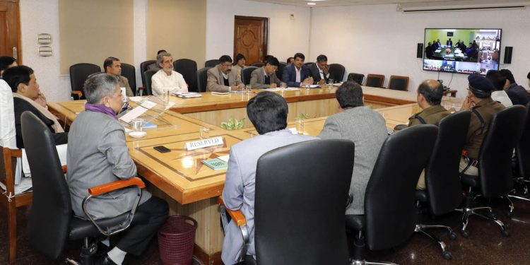 Assam CM Sonowal with DCs