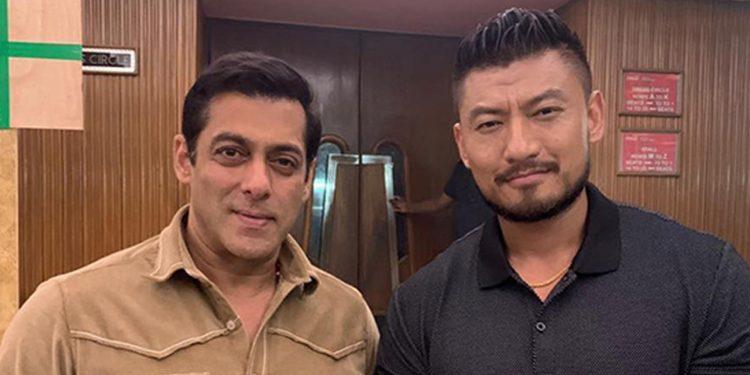 Former Mr Bhutan Sangay Tsheltri (right) with Salman Khan (left) Image credit: Twitter