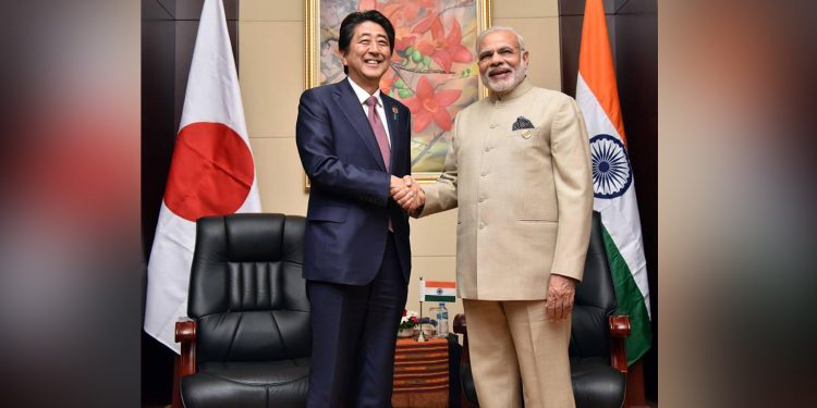 Japanese PM Abe (left) with Indian PM Modi (right)