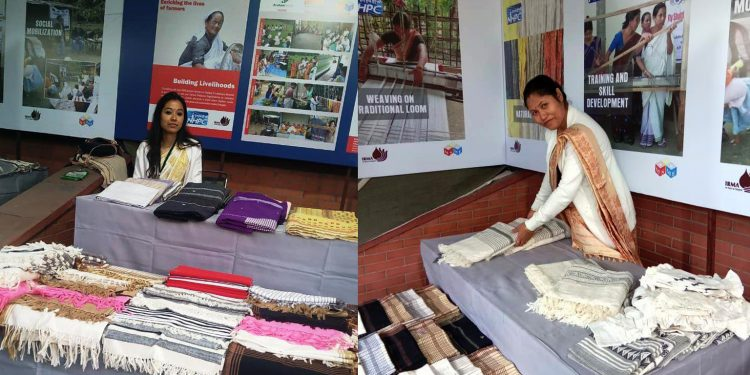 Weavers from Assam at Winter Mela in Delhi. Image: Northeast Now