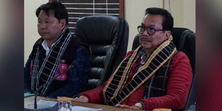 Arunachal deputy CM Chowna Mein discussin on Parshuram Kund Mela. Image: Northeast Now