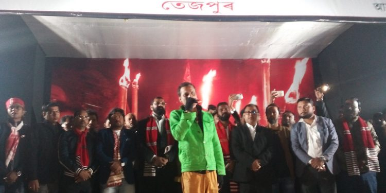 Zubeen Garg addressing the gathering in Tezpur on Tuesday. Image: Northeast Now