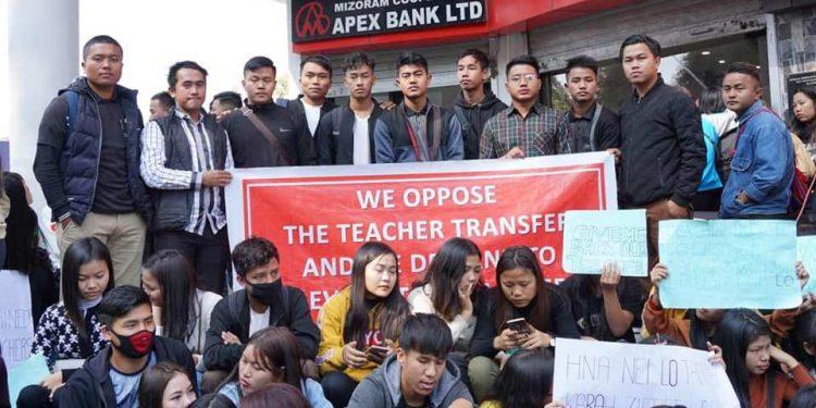 Mizoram: Students protest teacher transfer 1