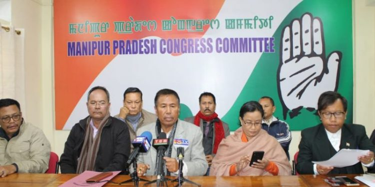 MPCC vice president cum spokesperson T Mangibabu speaking to media in Imphal on January 111, 2020. Image courtesy: ifp.co.in