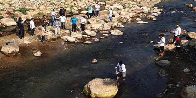 Senki river in Arunachal Pradesh