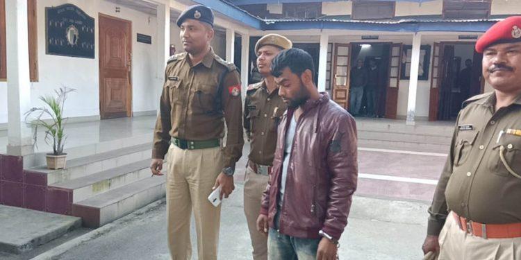 Human trafficking mastermind Jiyarul Islam in police custody. Image: Northeast Now