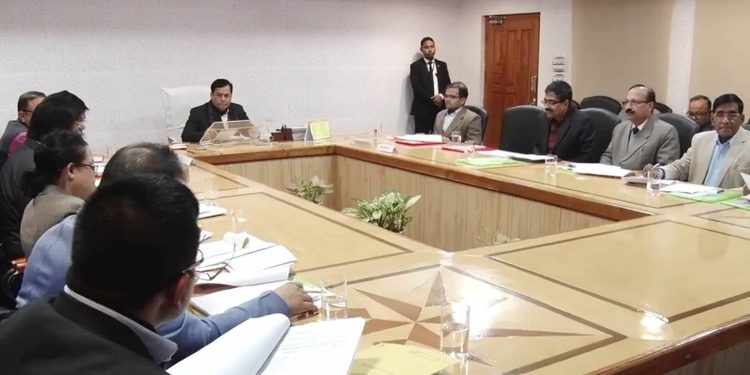 Assam CM Sarbananda Sonowal with Assam Building and Other Construction Workers Welfare Board members.