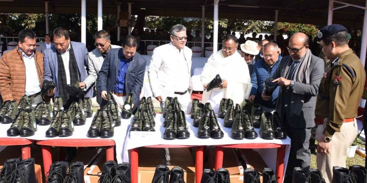 Manipur CM at uniform items distribution. Image credit: DIPR