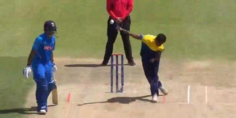 Matheesha Pathirana in action against India on Sunday. Image credit: Sportstime247