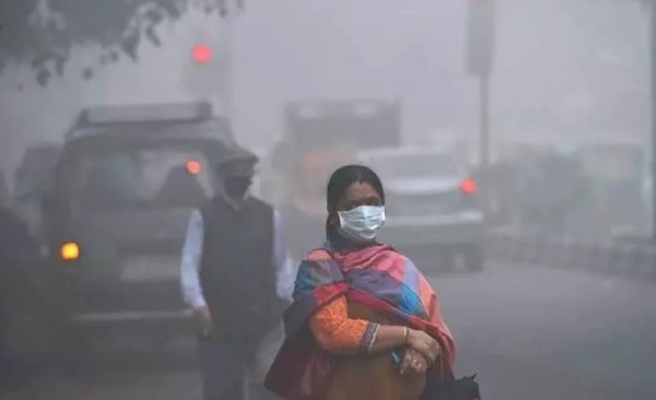 Delhi is under severe environmental seize due to the air pollution.