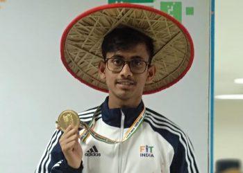 Swimmer Swadesh Mondal
