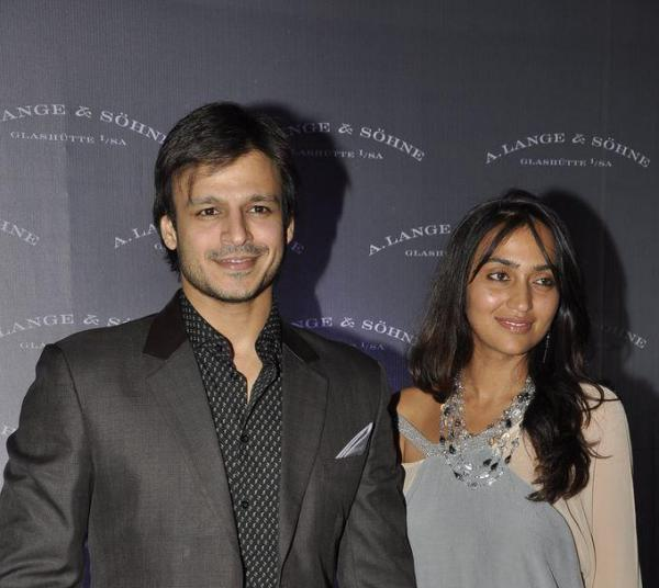 Famous B-Town celebs who married non actors 6
