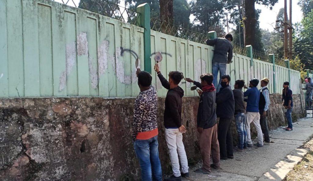 Pro-ILP wall writings mark Meghalaya Cabinet meeting at Jowai 5