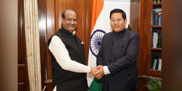Lok Sabha Speaker Om Birla (left) with Nagaland Speaker Sharingain Longkumer (right). Image: Northeast Now