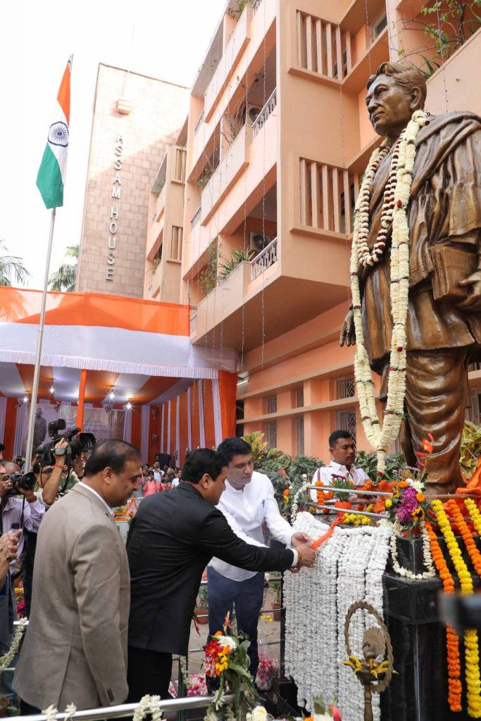 Lakshminath Bezbaroa's statue in Kolkata will boost cultural relations between Assam and West Bengal: Sonowal 3