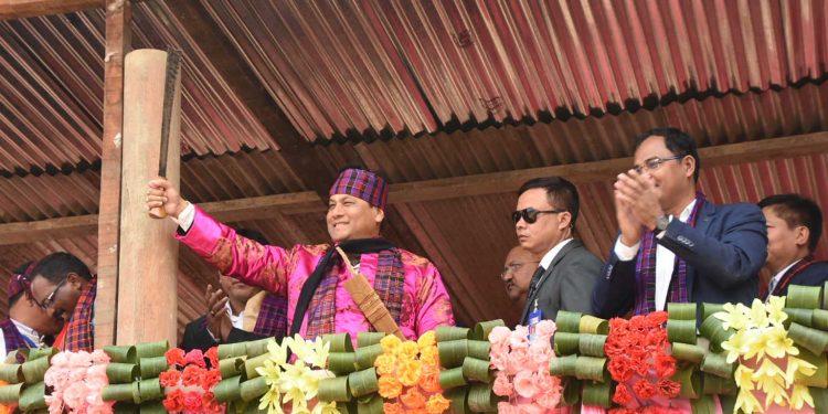 Assam CM Sarbananda Sonowal at the 36th Shapawng Yawng Manau Poi at Margherita