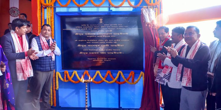 Assam CM Sarbananda Sonwowal while launching the construction works of an embankment in Dibrugarh