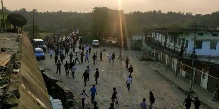 Tribal-non tribals clash