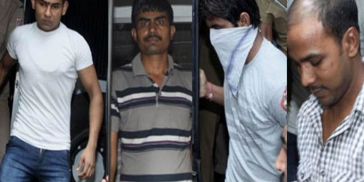 Nirbhaya convicts took bath, given fresh clothes before hanging 1