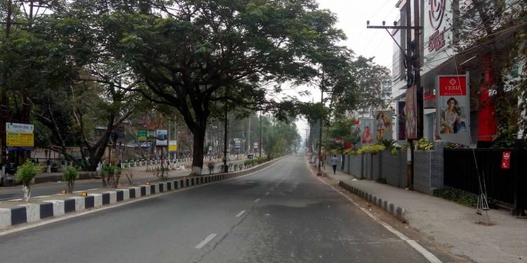 A RG Baruah Road on Sunday morning. Image: Northeast Now