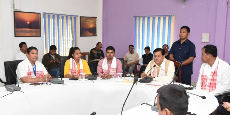 Assam CM Sarbananda Sonowal with Majuli district sports association members