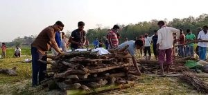 Assam: Muslims perform last rites of Hindu neighbour in Dhubri amid COVID-19 lockdown 3