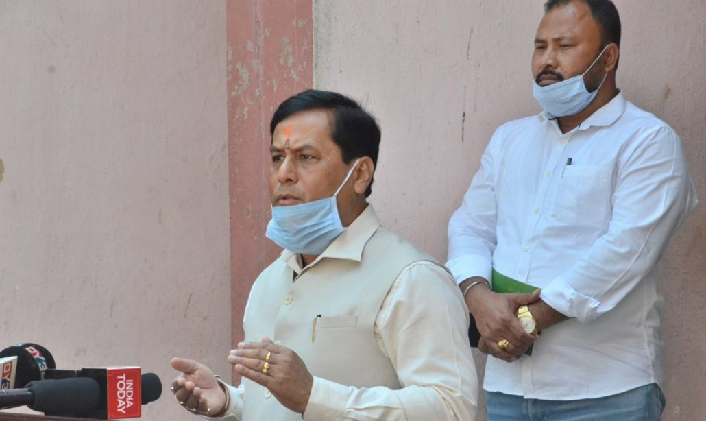 Assam CM reviews preparedness to combat COVID19 in Dhubri, Kokrajhar   3