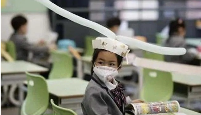 China's Hangzhou school drew attention due to its innovative way of ensuring that its students follow the rules of social distancing.
