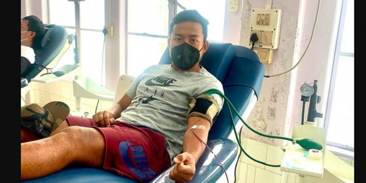 Jeje donating blood. Image credit: India Today
