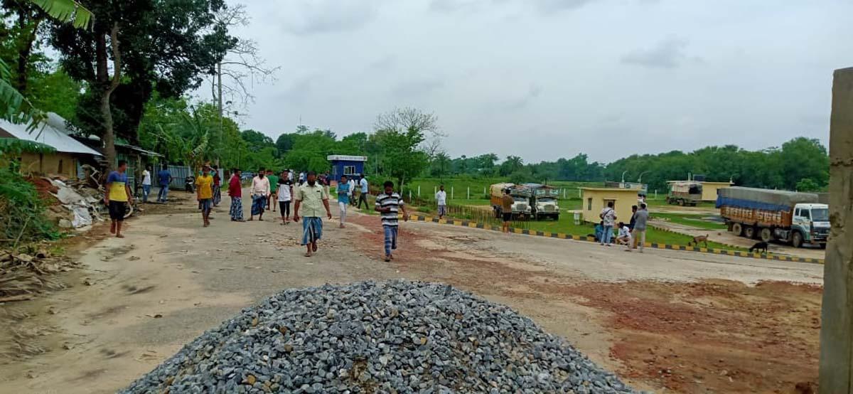 Tripura border
