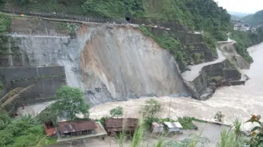 Landslide near Subansiri dam triggers panic along Assam-Arunachal boundary