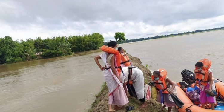 NDRF team stationed at Dhemaji rescued  stranded people. (File image)