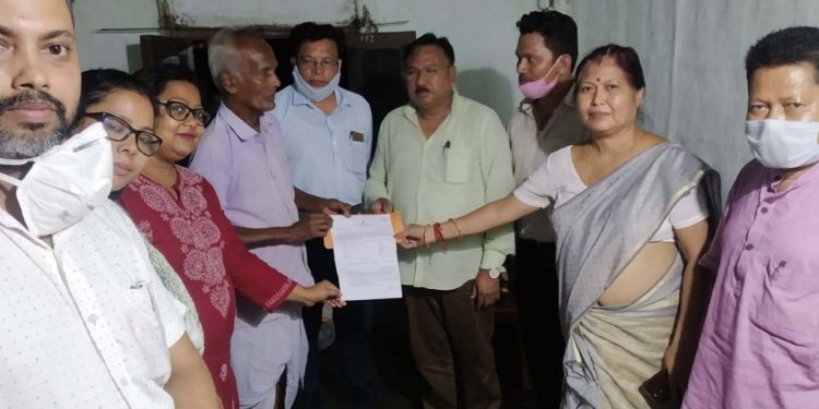 Assam: Revenue minister distributes ex-gratia to next of kin of flood victims in Sivasagar 1