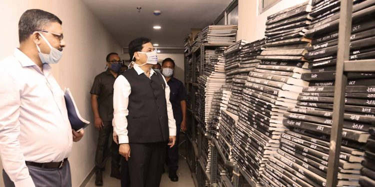 Assam CM Sarbananda Sonowal taking stock of different functional tools at Janasanyog Office in Guwahati on Wednesday