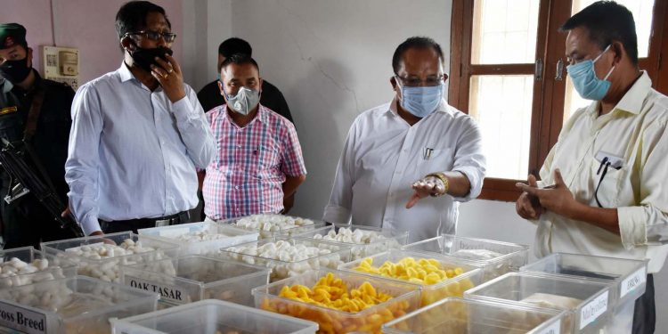 Manipur sericulture minister Awangbow Newmai with the officials of sericulture department. Image: Northeast Now