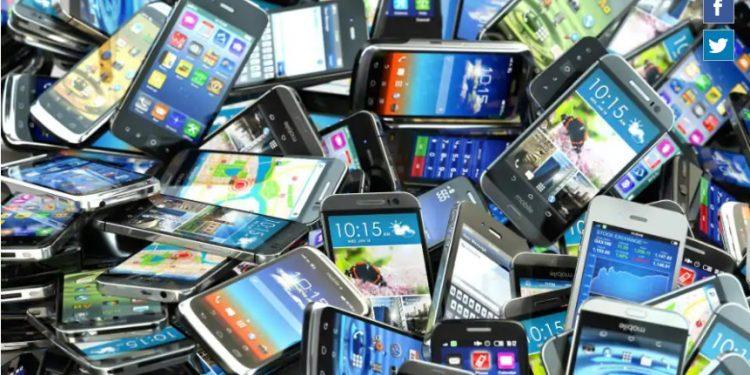 Arunachal: 3 held for selling stolen mobile phones online 1