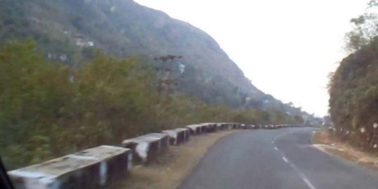 Shillong-Dawki road