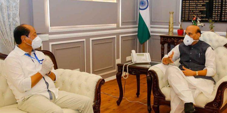 Nagaland CM Neiphiu Rio with Defence minister Rajnath Singh