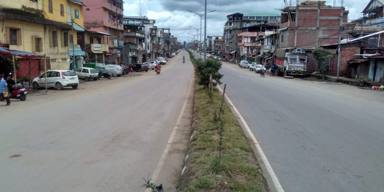 Deserted roads in Imphal during complete lockdown. Image: Northeast Now