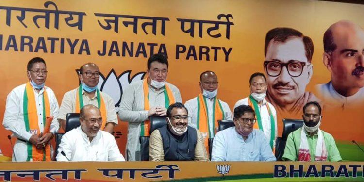 Former Manipur Congress MLAs join BJP
