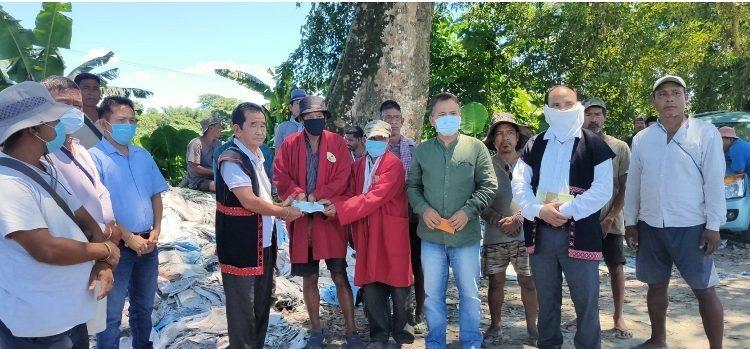 Arunachal: AKB, WTI extend relief to flood hit people 1