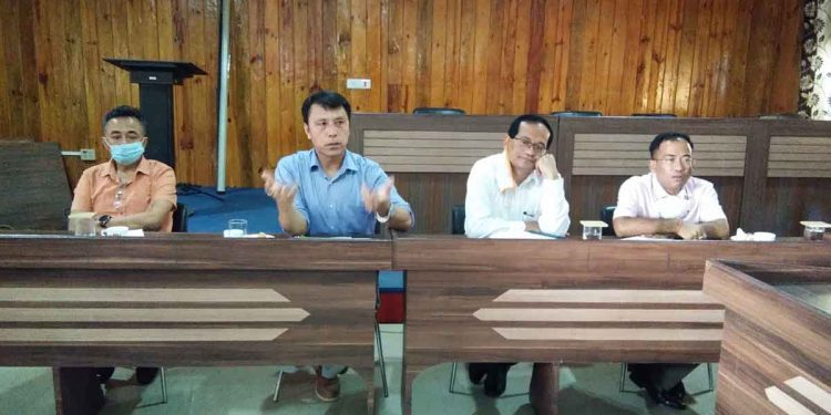 Manipur education minister Thokchom Radheshyam (in blue shirt) with others. Image credit: DIPR